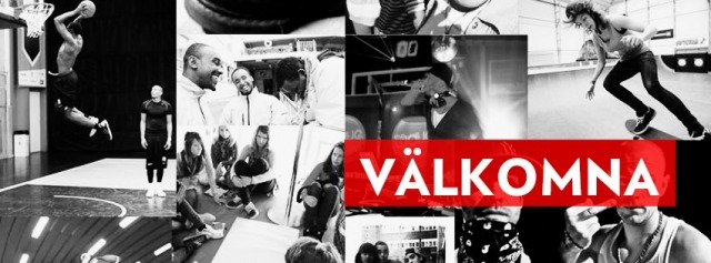 """collage av svartvita bilder på ungdomar som sportar, """"välkomna"""" skrivet i vitt med röd bakgrund runt texten."""